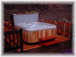 Yosemite Vacation Rental jacuzzi photo on back deck.